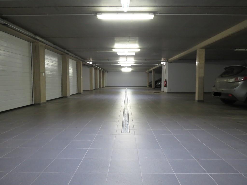 Garage fermée et ouvert
